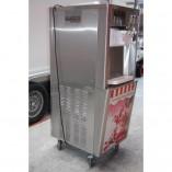 machine à glaces - côté gauche
